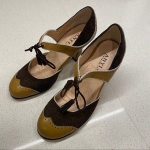 Anyi Lu Mary Jane Heels with Tassel Ties Size 9.5